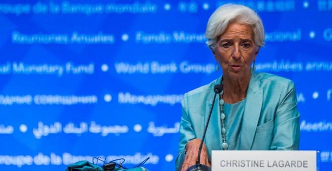 La directora gerente del FMI, Christine Lagarde, en una rueda de prensa en Washington, con motivo de la Asamblea Anual del organismo. AFP/Zach Gibson