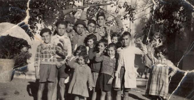 Niños durante la 'desbandá', una de las mayores tragedias humanitarias de la Guerra Civil.- ARCHIVO MUNICIPAL ANTEQUERA