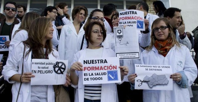 Manifestación de estudiantes y residentes en defensa de la sanidad pública.
