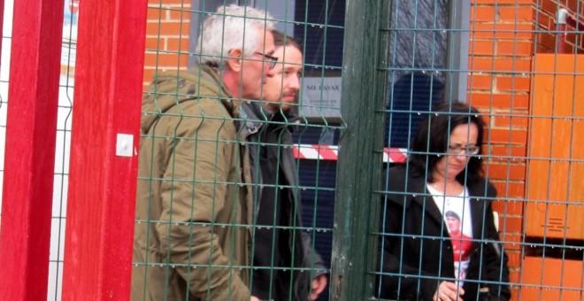 Pablo Iglesias y Diego Cañamero, en su visita a la cárcel de Jaén. EP.