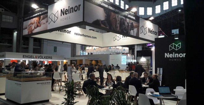 Stand de la promotora inmobiliaria Neinor Homes en la feria sectorial Barcelona Meeting Point.