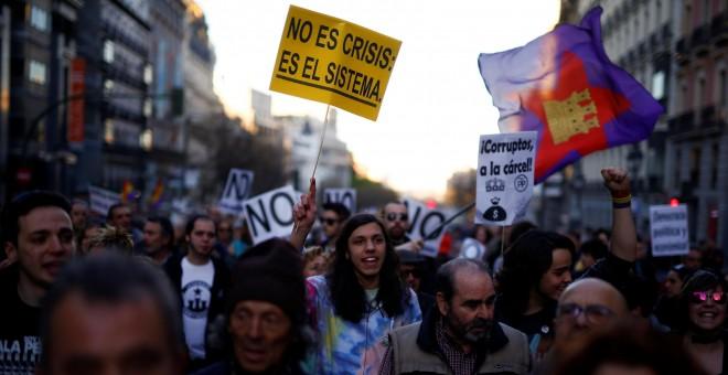 Imagen de las protestas contra los Presupuestos, esta tarde en Madrid. REUTERS/ Javier Barbancho