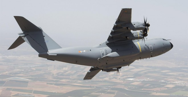Avión de transporte militar A400M de Airbus. E.P.