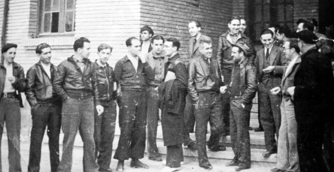 La ley señala al Consejo de Defensa de Aragon como antecedente de la actual comunidad autónoma.