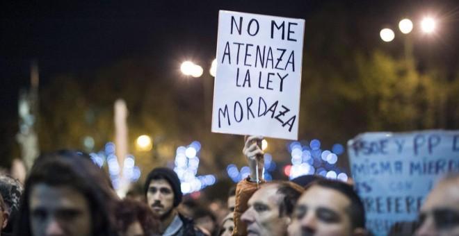 La convocatoria 'Rodea el Congreso' fue una de las mayores inspiradoras de la actual 'ley Mordaza'. Foto: EFE/ Luca Piergiovanni.
