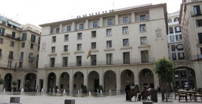 Exterior de la Audiencia de Alicante /EUROPA PRESS