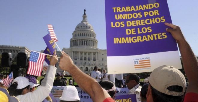 Manifestación a favor de los inmigrantes frente al Capitolio en Washington. EFE/Archivo