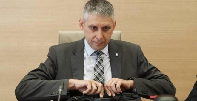 José Ángel Fuentes Gago, inspector jefe de la Policía, antes de su comparecencia en la comisión de investigación del Congreso sobre las cloacas de Interior. ULY MARTÍN / ATLAS
