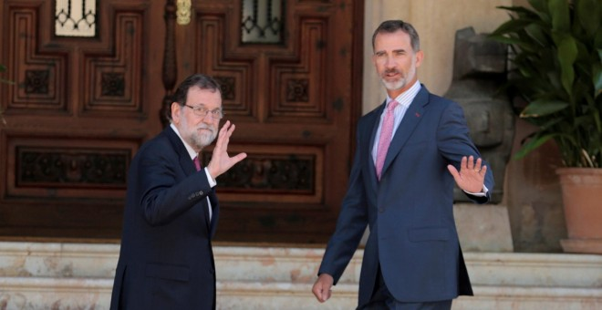 Rajoy dice al PSOE que es partidario de 'no hacer nada' antes del 1-0