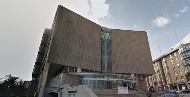 Fachada de los Juzgados de A Coruña de la calle Monforte. / Google Maps