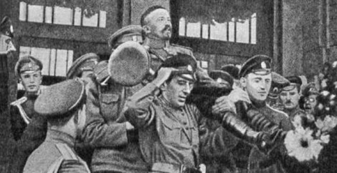 El oscuro complot que intentó acabar con la Revolución rusa