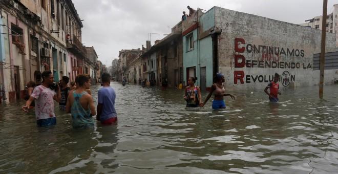 Una calle inundada en La Habana tras el paso del huracán Irma. - REUTERS