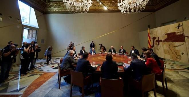 Vista general de la reunión semanal del Govern catalán./EFE