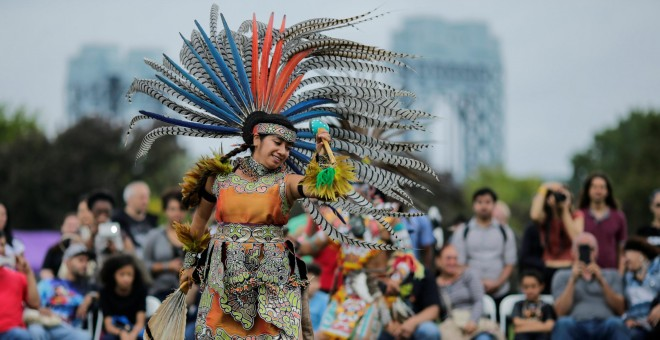 Actuación en el Día de Colón en Estados Unidos.