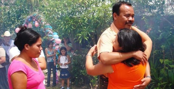 Mirian se reecuentra con su familia en Guatemala
