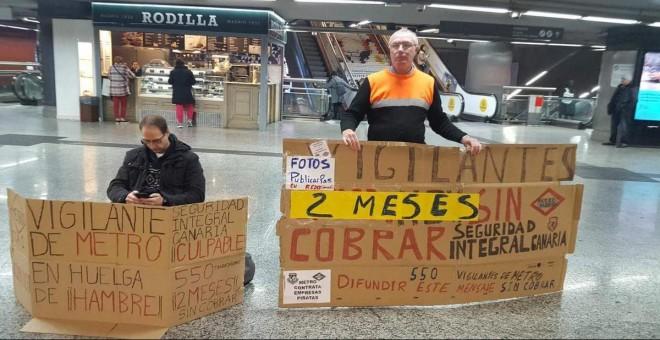 Imagen del empleado de seguridad en Metro en huelga de hambre. TWITTER/@JoseMonty69