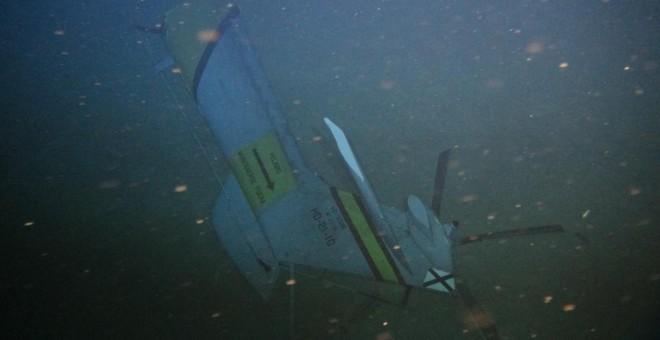 Imagen del rotor de cola del helicóptero 'Súper Puma' siniestrado en 2014, en el fondo del mar, de donde no se recuperó. Puede apreciarse que las palas se encuentran intactas.