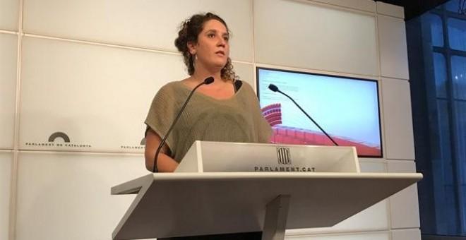 Núria Gibert, portavoz de la CUP, durante una rueda de prensa. EUROPA PRESS
