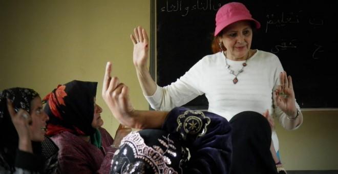 Najat Ikhich, durante una de sus charlas.