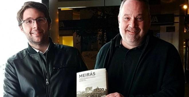 Manuel Pérez Lorenzo (i) y Carlos Babío (d), autores de 'Meirás. Un caudillo. Un pazo. Un espolio'