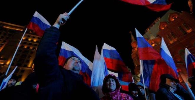 Seguidores de Putin esperan los primeros resultados en Moscú. | EFE