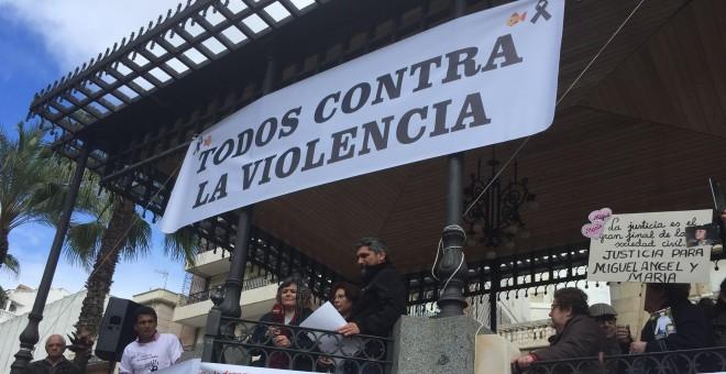 Ruth Ortiz, la madre de los niños Ruth y José asesinados por su padre José Bretón, en la Plaza de las Monjas en un acto en recuerdo de todas las víctimas de muertes violentas y para pedir la no derogación de la prisión permanente revisable. / Europa Press