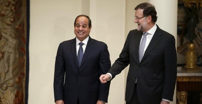 Encuentro de Mariano Rajoy y Abdelfatah al Sisi en La Moncloa, en abril de 2015. REUTERS/Andrea Comas