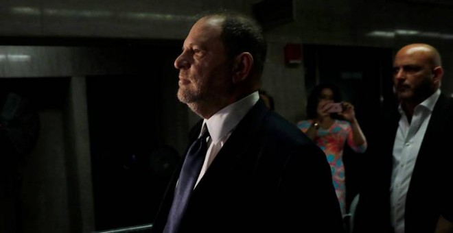 Harvey Weinstein llega al juzgado de Manhattan. (REUTERS)