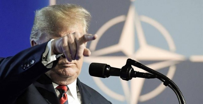 Trump durante la rueda de prensa que ofreció tras la cumbre de la OTAN en Bruselas. (CHRISTIAN BRUNA | EFE)