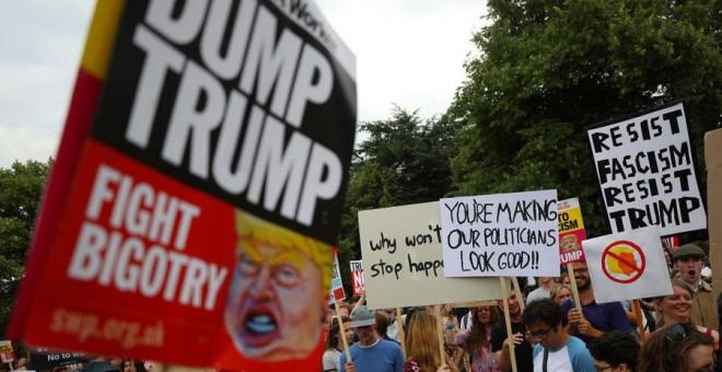 Manifestación contra Trump en Londres este jueves. REUTERS/Simon Dawson