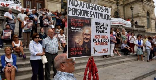 """Pensiones, jubilad@s. Continuidad en el """"damos y quitamos"""". Aumento de la privatización. La OCDE y el FMI por disminuirlas, retrasarlas...   - Página 10 5b795f6bb830f.r_1534708015049.0-19-800-432"""