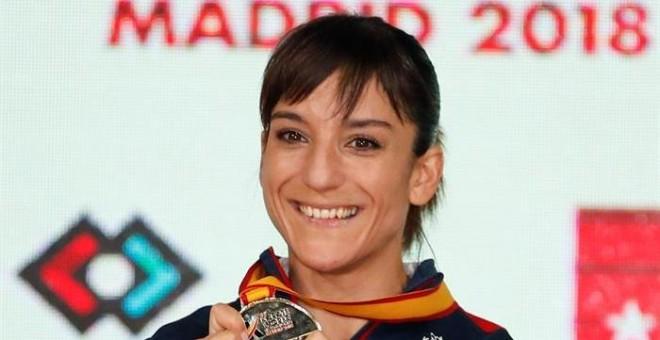 La karateca Sandra Sánchez, oro en la prueba de kata en el Mundial de Kárate. / EFE