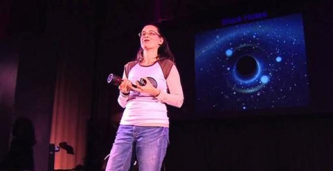 La astrofísica Maura McLaughlin trata de cazar ondas gravitacionales con púlsares. / YOUTUBE