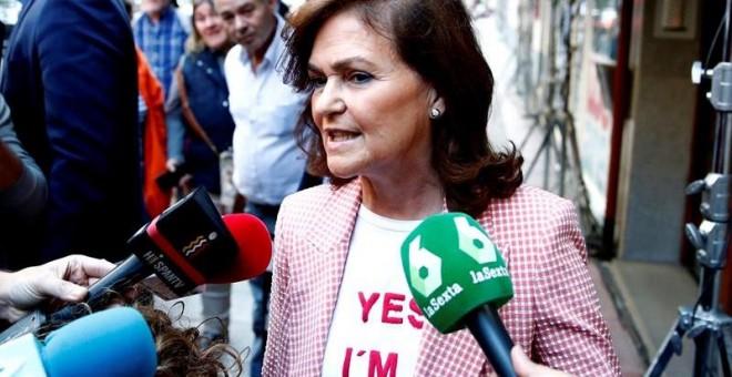 La vicepresidenta del Gobierno, Carmen Calvo Carmen, a su llegada a la sede del PSOE en Madrid para seguir los resultados electorales de la jornada de este domingo. EFE/Javier López