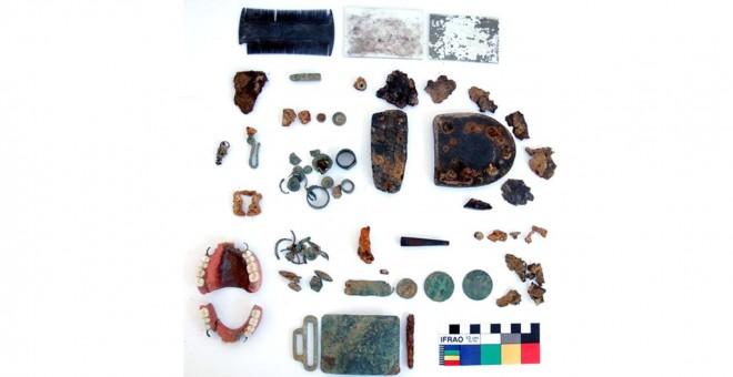 Objetos encontrados tras la exhumación de una fosa en Castuera.- Cedida por Alfredo González-Ruibal