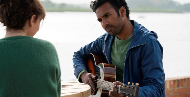 Lily James y Himesh Patel, en 'Yesterday'