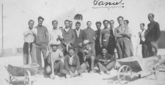 Fotografía de los españoles internados en el campo de Relizane (Argelia). Asociación Exilio