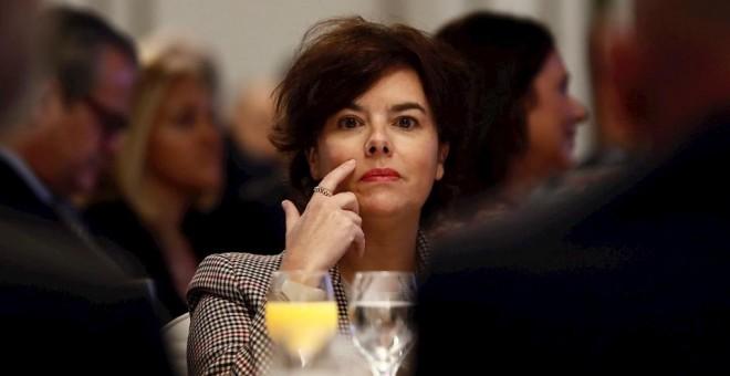 La exvicepresidenta del gobierno Soraya Sáez de Santamaría, en un desayuno informativo en Madrid protagonizado por el presidente de Seat, Luca de Meo. EFE/Mariscal