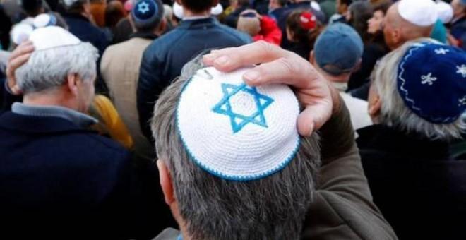 El kipá, icono religioso del judaísmo, no solo ha extendido su presencia en el ejército, sino en toda la sociedad. / Reuters