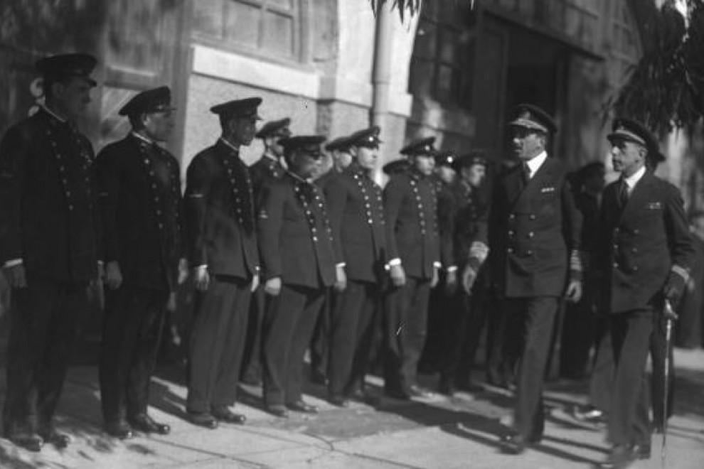 Alfonso XIII en el interior del Arsenal de Cartagena en el año 1928