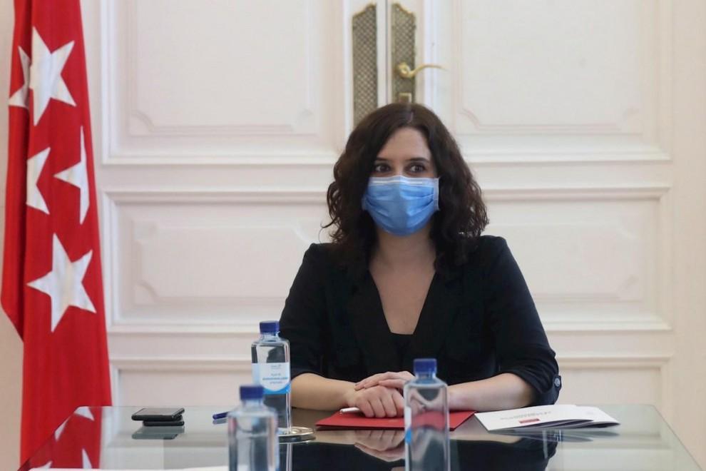 GRAF6549. MADRID, 05/06/2020.- La Presidenta de la Comunidad de Madrid, Isabel Díaz Ayuso, se reúne con grupos de la oposición este viernes en la Real Casa de Correos para analizar el Plan de Reactivación. EFE/Kiko Huesca