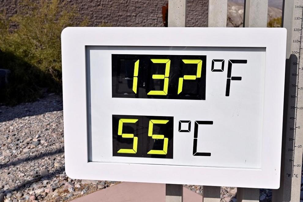 El termómetro del Valle de la Muerte (California) marca 55 grados, una temperatura de récord que algunos que podría ser cada vez más recurrente por causa de la crisis climática. David Becker/REUTERS