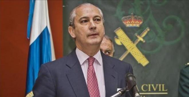 Fernández de Mesa: de patrullar con falangistas a consejero de Red Eléctrica pasando por la Guardia Civil
