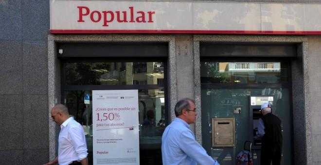 La crisis del sexto banco espa ol moody 39 s rebaja el for Oficinas targobank