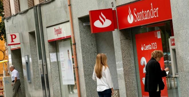 Ugt ve insultante el nuevo ere del santander y no for Oficinas banco popular barcelona