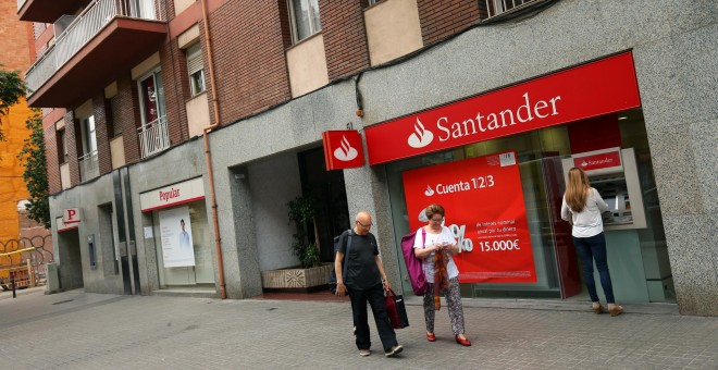El Santander Compensar Con Bonos De Fidelizaci N A Los