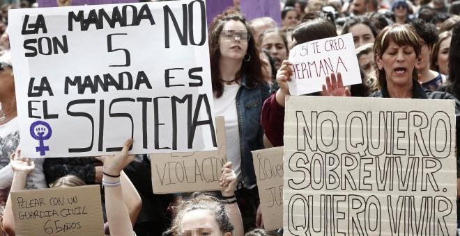 Una niña de doce años, violada por un grupo de jóvenes en Guadalajara