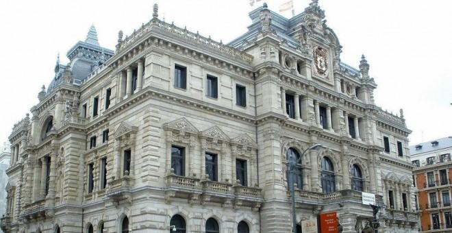 La Diputación de Vizcaya, imputada por impedir a una menor que viva con su madre