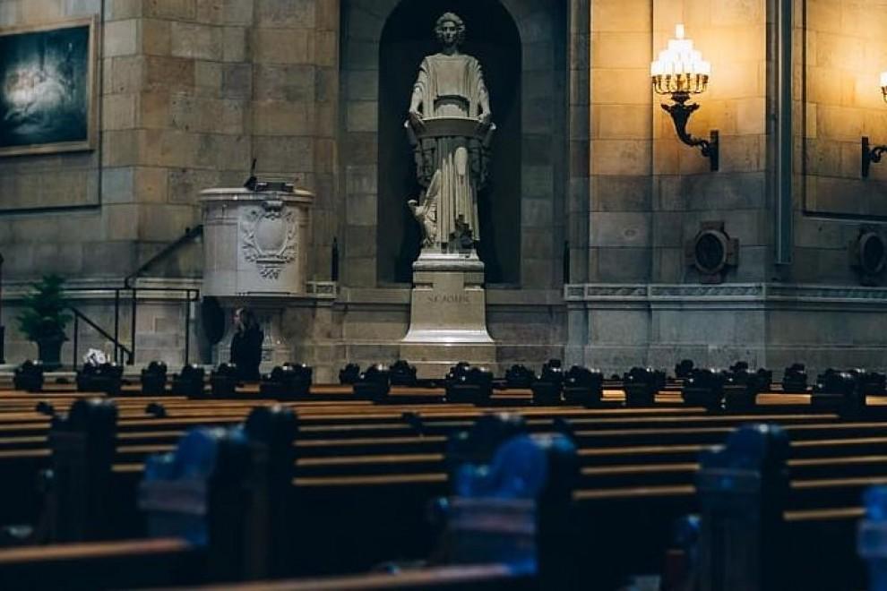 El ocaso de la Iglesia: 280.000 creyentes menos cada año