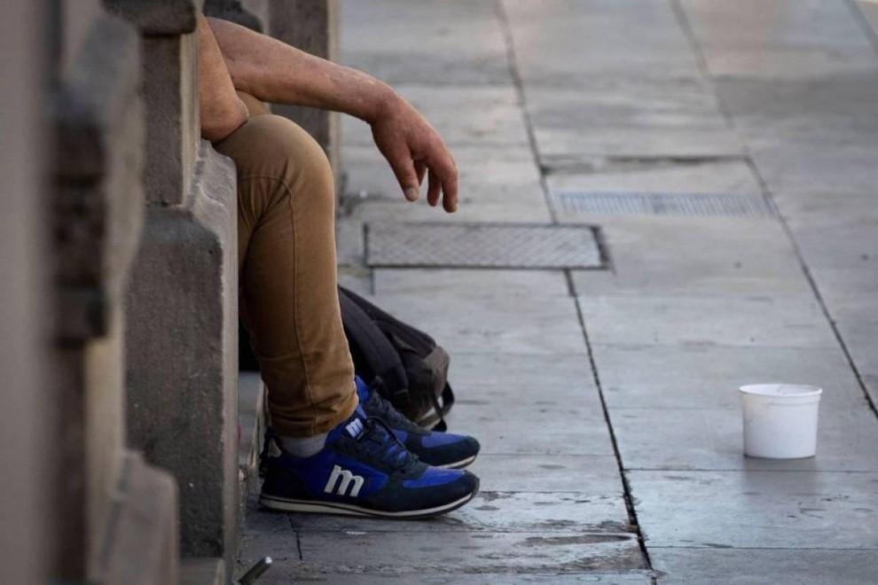 La covid dispara la pobreza severa en España, que podría aumentar en casi 800.000 personas y llegar a 5,1 millones